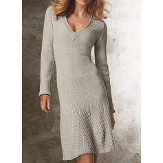 Μονόχρωμο V-λαιμός Καθημερινό Μακρύ Στενό Φόρεμα Πουλόβερ