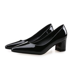 Vrouwen Patent Leather Chunky Heel Pumps Closed Toe schoenen