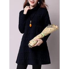 Color-block High Neck Knee Length Shift Dress