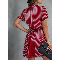 Gestreift Kurze Ärmel A-Linien Über dem Knie Freizeit/Elegant Kleider