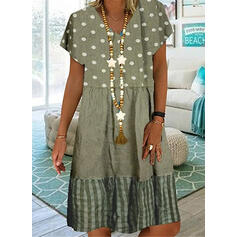 PolkaDot/Striped Short Sleeves Shift Knee Length Casual/Vacation Tunic Dresses