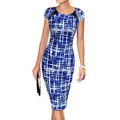 Tisk Krátké rukávy Přiléhavé Délka ke kolenům Neformální/Elegantní Šaty