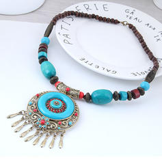 Stylish Vintage Alloy Resin Women's Necklaces