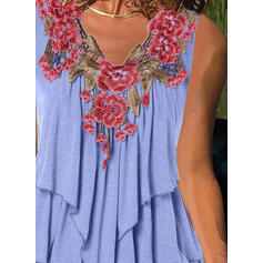 Embroidery Floral V-Neck Sleeveless Casual Tank Tops