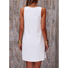 Solid Sleeveless Shift Knee Length Casual/Vacation Tank Dresses