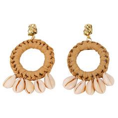 Stylish Shell Women's Fashion Earrings
