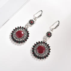 Stylish Alloy Rhinestones Resin With Rhinestone Women's Fashion Earrings (Sold in a single piece)