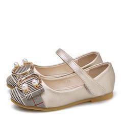 Mädchens Leder Flache Ferse Round Toe Geschlossene Zehe Flache Schuhe Blumenmädchen Schuhe mit Bowknot Klettverschluss