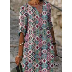 Geometric Print 1/2 Sleeves Shift Knee Length Casual/Vacation Tunic Dresses