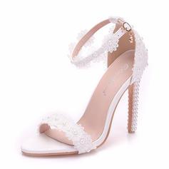 Women's Leatherette Spool Heel Peep Toe Pumps With Applique