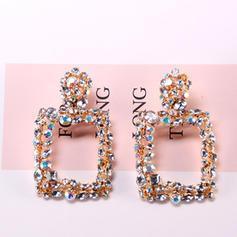 Csillogó Ötvözet strassz Női divat fülbevalók (Egy darabban eladva)
