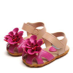 Girl's Leatherette Round Toe Closed Toe Sandals Flats With Velcro Flower