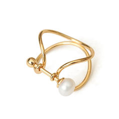 Chic Brass Pearl Women's Rings