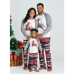 Reinsdyr Letter Print Familie matchende Jule Pyjamas