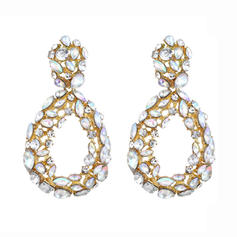 Beautiful Alloy Rhinestones With Rhinestone Women's Fashion Earrings (Sold in a single piece)