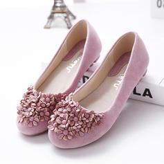 Frauen Wildleder Flascher Absatz Flache Schuhe Geschlossene Zehe mit Strass Satin Schleife Schuhe