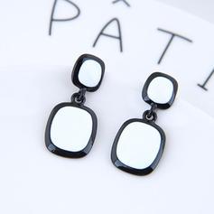 Einfache Legierung Frauen Art-Ohrringe