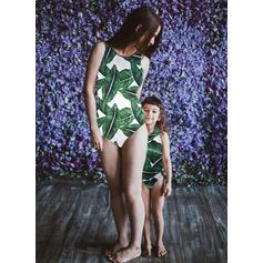 Äiti ja minä Print Vastaavat Uimapuku