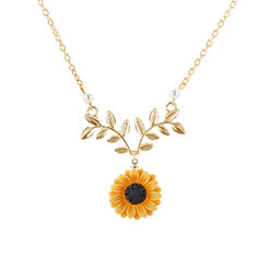 Flower Shaped Alloy Women's Fashion Necklace (Sold in a single piece)