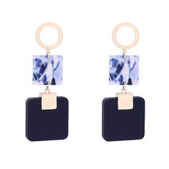 Stylish Alloy Wood Acrylic Women's Fashion Earrings