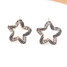 Estilo de la vendimia en forma de estrella Aleación Diamantes de imitación De mujer Pendientes