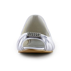Women's Satin Flat Heel Peep Toe Sandals With Rhinestone