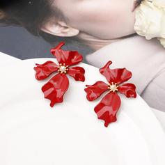 Blomst Formet Legering Kvinner øredobber