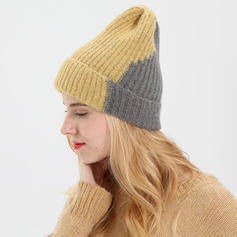 Ladies' Pretty Acrylic Beanie/Slouchy