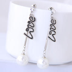 Stylish Alloy Imitation Pearls With Imitation Pearl Women's Fashion Earrings (Set of 2)