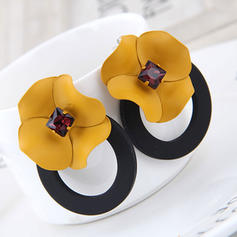 Flower Shaped Alloy Women's Fashion Earrings