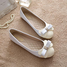 Women's Patent Leather Flat Heel Flats Closed Toe With Rhinestone Bowknot shoes