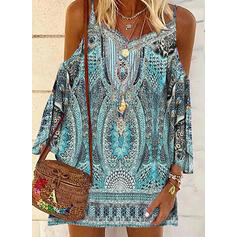 Print Long Sleeves/Cold Shoulder Sleeve Shift Above Knee Casual/Vacation Tunic Dresses