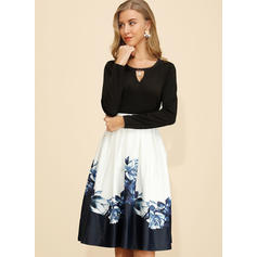 Nadrukowana Długie rękawy W kształcie litery A Długośc do kolan Casual Sukienki