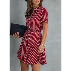 W paski Krótkie rękawy W kształcie litery A Nad kolana Casual/Elegancki Sukienki