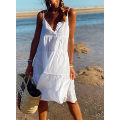 Solid Sleeveless Shift Knee Length Casual/Vacation Slip Dresses