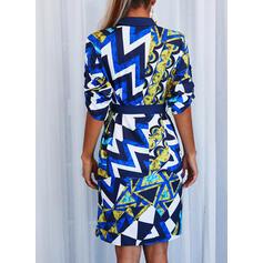 Geometrischer Druck Kurze Ärmel Etui Knielang Freizeit Hemd Kleider