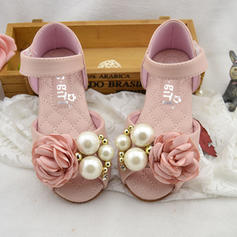 Girl's Leatherette Flat Heel Peep Toe Sandals Flats Flower Girl Shoes With Imitation Pearl Satin Flower Velcro