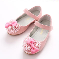 Girl's Leatherette Flat Heel Closed Toe Flats Flower Girl Shoes With Bowknot Imitation Pearl Velcro