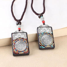 Unique Beautiful Exquisite Alloy With Resin Necklaces