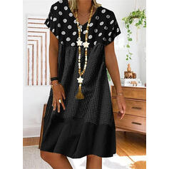 PolkaDot/Plaid Short Sleeves Shift Knee Length Casual T-shirt Dresses