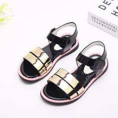 Mädchens Peep Toe Sling Lackleder Flache Ferse Sandalen Flache Schuhe Blumenmädchen Schuhe