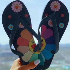Kvinnor PVC Flat Heel Sandaler med Blomma skor