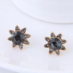 Fashionable Alloy Czech Stones Ladies' Fashion Earrings