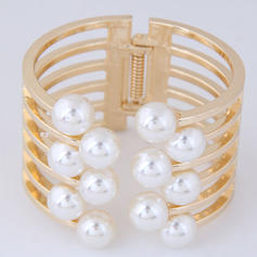 Fashionable Alloy Imitation Pearls Ladies' Fashion Bracelets