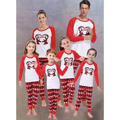 Rendier Kleur-Blok Letter Print Voor Gezinnen Kerst Pyjamas