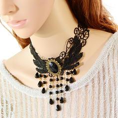 Moda Resina Encaje con Perlas de imitación Señoras' Collar de la manera