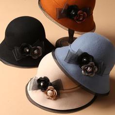 Ladies ' Prosty/Znakomity Akryl Bowler / Cloche Hat