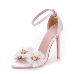 Women's Leatherette Spool Heel Peep Toe Pumps With Flower