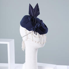 Ladies' Beautiful/Special/Elegant Wool With Feather Beret Hats