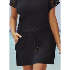 Plus Size Lace Solid Short Sleeves Sheath Above Knee Casual Little Black Vacation Dress